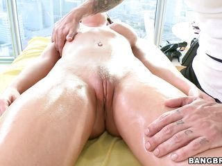 slutty rachel showing her pussy and giving head