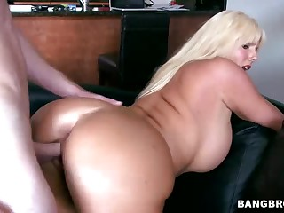 Curvy golden-haired MILF Karen Fisher gets slam fucked