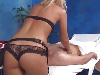 Hot hot babe fucks and sucks