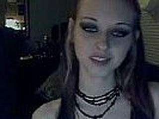 Liz Vicious on webcam