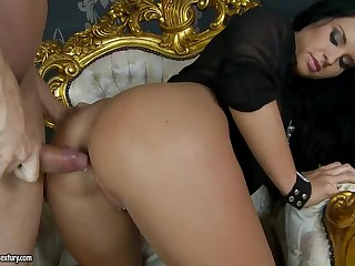 Bettina Dicapri acquires her wazoo screwed balls deep from behind