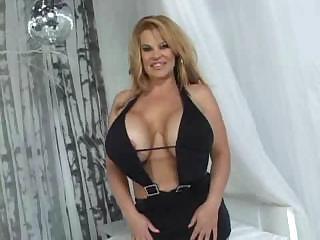 Tits -Huge Titty Fuck