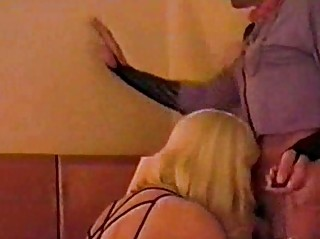 Skilful crossdressers engulfing twosome