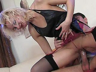 Viola&Clifford sexual nylon action