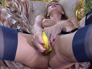 Rosa playful nylon tease