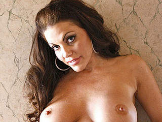 Dark Brown mother i'd like to fuck domina Victoria Valentino massages her colossal scones and tender snatch