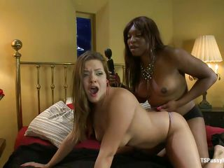 ebony shemale and white chick in couch