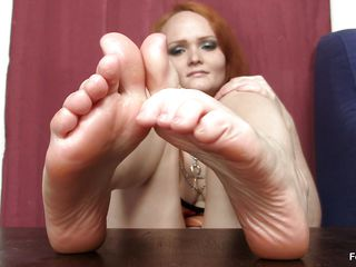 that babe really loves the feet