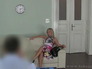 Amorous bed pounding for smoking hot blonde Briggi