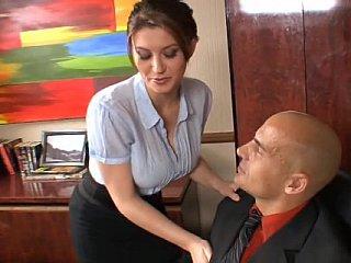 Good secretary must suck and fuck