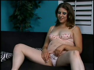 Kinky Nikki Knox Can't live without To Play With Cum On Her Bush After Having Sex