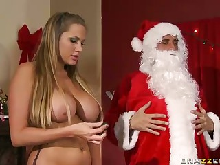 Three Sluts Engulf Big Dicked Santa