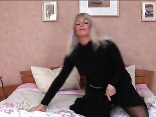 HORNY BUSTY SEXY MATURE GANGBANGED  -B$R