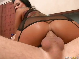 Nice-looking MILF Sienna West enjoys booty fucking