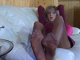 Nora nylon feet action