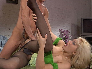 Flossie&David kinky hose job video