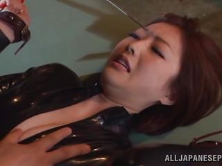 hawt japanese slut tied and fingered