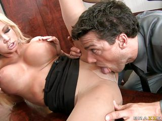 russian chick nikita attracts ramon with her power