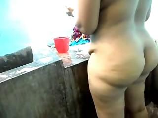 lovely chubby aunty