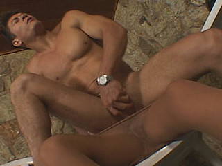 Andreia&Flavio shemale screwing guy on clip