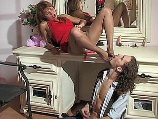 Alice&Mike nasty nylon feet episode