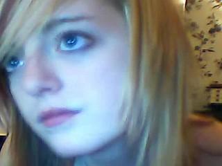 Busty teen fingers pussy on webcam